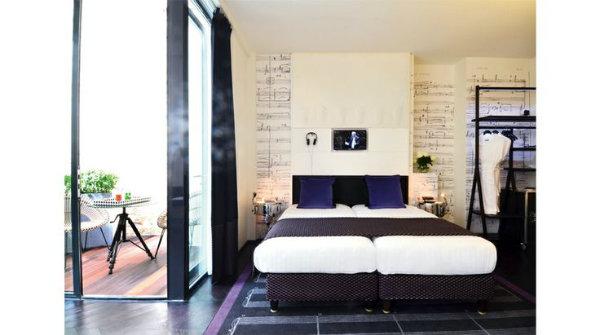 Le 123 Sebastopol Marricone room