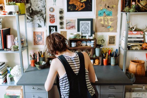 The workspace of artist Joëlle Workman